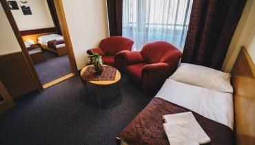 troj_lozkova_izba_hotel_dam